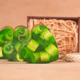 """""""Кавказские травы с чистотелом"""" (Сердце ) мыло твердое глицериновое ручной работы 85 гр.±5"""