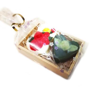 """Набор подарочный №86 на 8 Марта """"Чайная роза"""" в деревянном лоточке  (2 кусочка мыла)"""