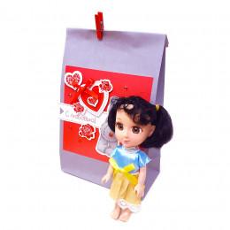 Набор детский в подарочном пакете (косметика, игрушки, мыло)