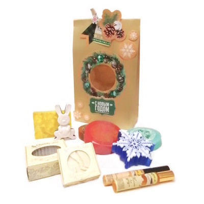 Набор новогодний Новогодняя снежинка в подарочном пакете (косметика+мыло)
