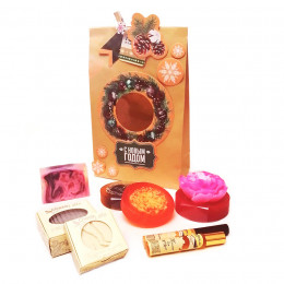 Набор новогодний Пион в подарочном пакете (косметика+мыло)